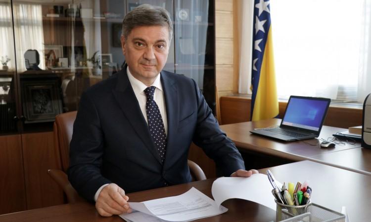 Photo of Zvizdić: Sigurno ćemo nadvladati i ovu krizu