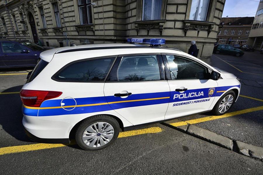 Photo of Hrvatska: Susjed nožem napao majku pa joj ubio kćer