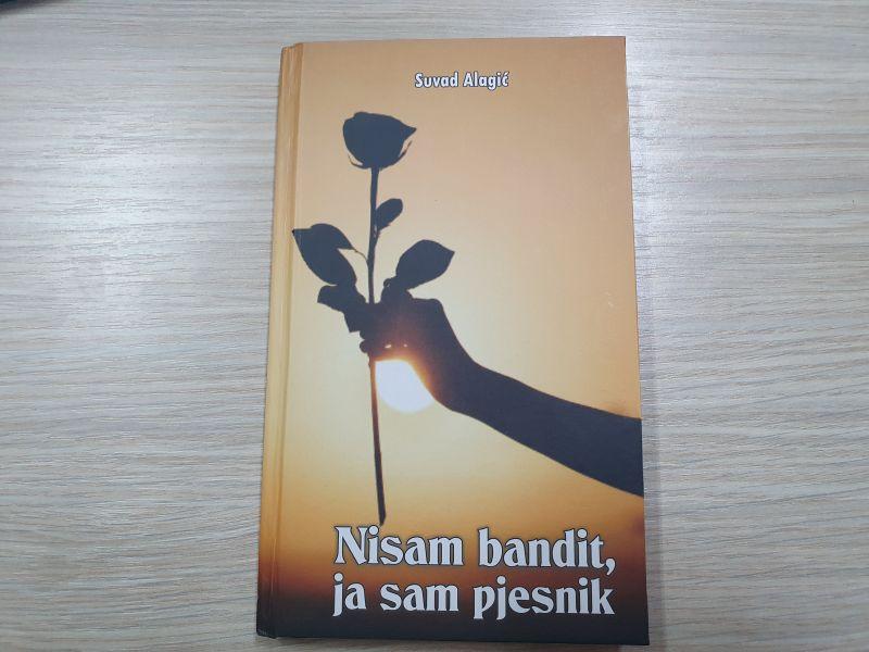 """Photo of Писац и новинар Сувад Алагић издао је нови роман """"Нисам бандит, ја сам пјесник"""""""