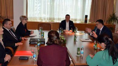 Photo of Tegeltija sa sindikatima institucija BiH: Prioritetno pitanje plata