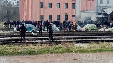 Photo of Uz asistenciju policije započelo izmještanje migranata iz Tuzle