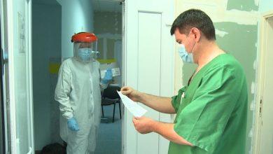 Photo of Brčko: Zdravstveni radnici preumorni, apel građanima da se pridržavaju mjera protiv koronavirusa
