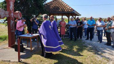 Photo of У Плазуљама служен парастос за четири погинула српска борца